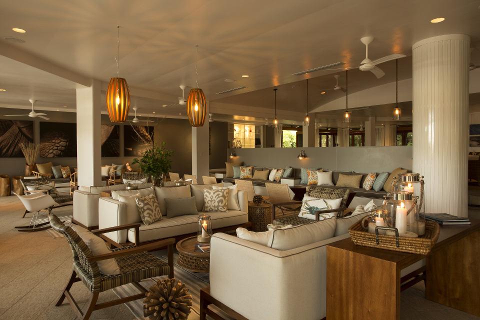 Lounge del Finch Bay Galapagos Hotel