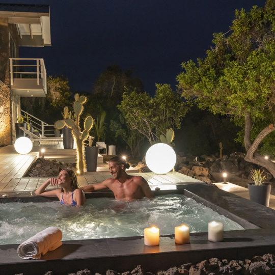 Jacuzzi del Finch Bay Galápagos Hotel