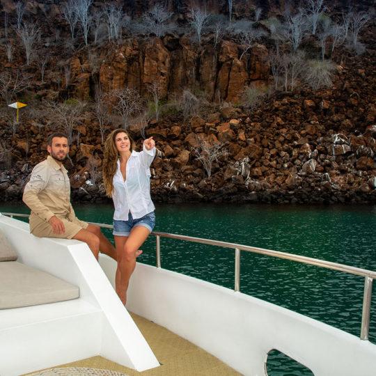 Yate Sea Lion del Finch Bay Galápagos Hotel