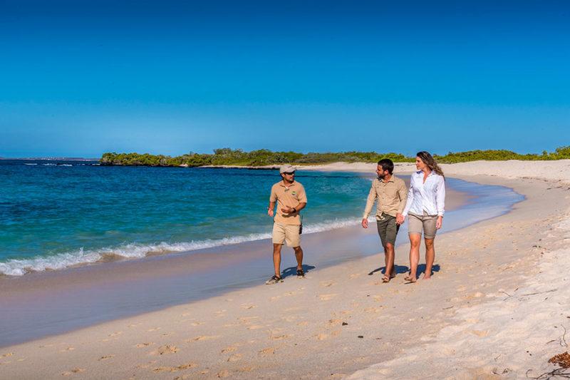 santa-cruz-bachas-beach-galapagos-e1591887294189.jpg