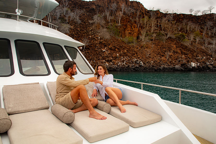 Why is Galapagos a great place to celebrate romantic occasions? For the intimacy and the incredible places you will visit with your couple